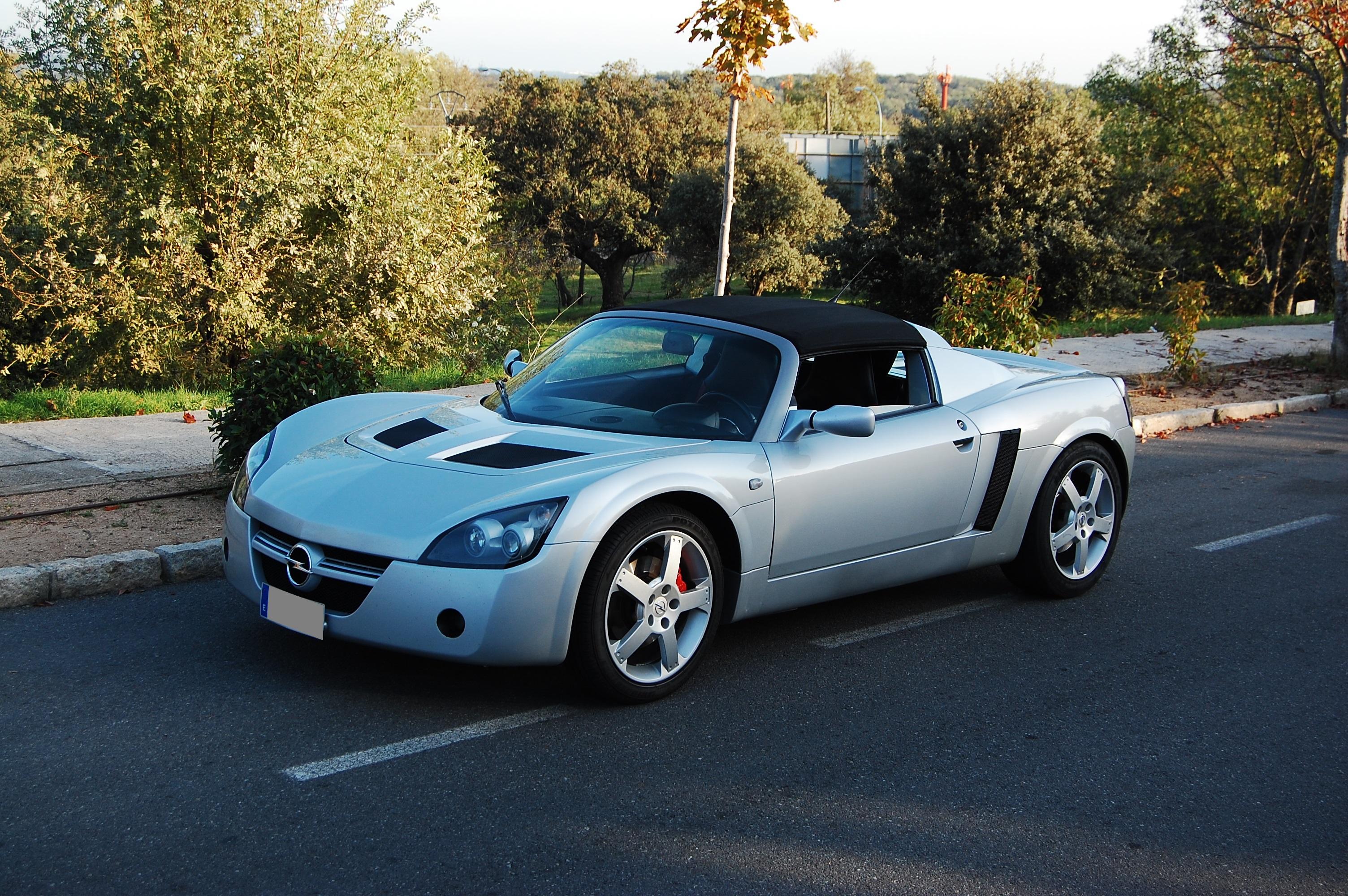 Opel Speedster, conducir y disfrutar, todo en uno