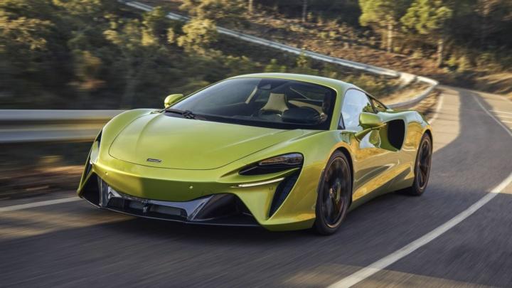 McLaren presenta el Artura, Peugeot su furgoneta eléctrica y KIA un nuevo buque insignia